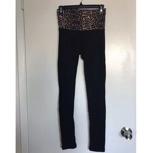 Worn once cheetah leggings/yoga pants.